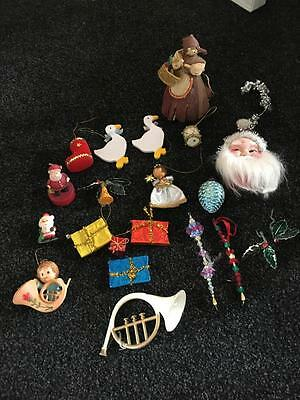 VINTAGE 21 CHRISTMAS TREE ORNAMENTS/DECORATIONS/ ect. - OLD COLLECTABLES