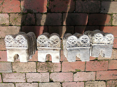 Charming Vintage Style Embossed Floral Pattern Concrete Edging Pieces (4pc only)