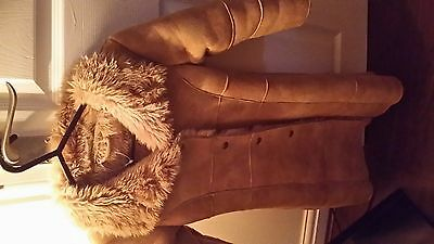 Girls Coat faux suede coat fur lining From marks & spence Sz 3-4yrs Great Con