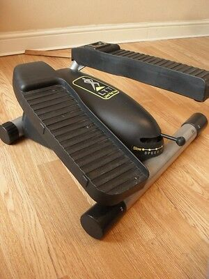 Lateral Thigh Trainer With on Board Computer