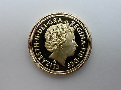 GOLD SOVEREIGN 2015 ELIZABETH II repoduction