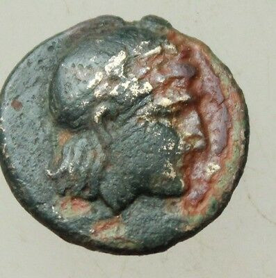 L6  Ancient  Greek  Bronze Coin Head of Athena  Rs Star 18mm 3,2g