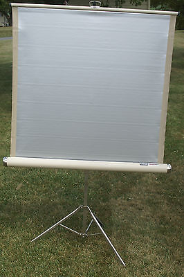 "VINTAGE Knox Regent SILVER-LITE 40"" x 40"" PROJECTION Slide Movie SCREEN w/ box"