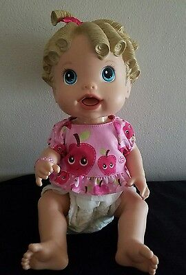 Hasbro Baby Alive 2009 All Gone Interactive Doll Eats & Talks