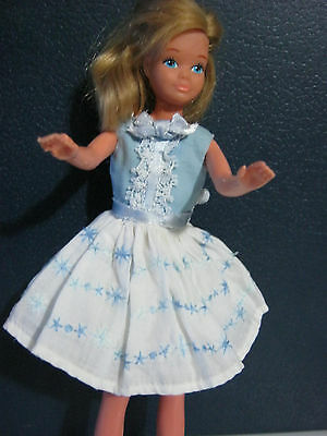 vintage  tenue happy birthday  1965 robe + jupon  poupée skipper barbie  doll