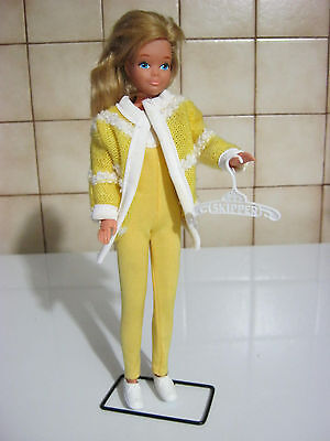 vintage  tenue  music lowing music tempo     poupée skipper  barbie  doll