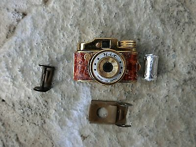 VINTAGE SUBMINIATURE SPY HIT CAMERA GOLD TONE MADE IN JAPAN (w/roll of film)