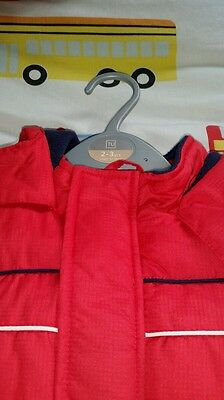 Red bodywarmer