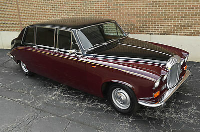 """1985 Jaguar - Daimler DS 420 Limousine - Long wheel base factory limousine Very rare """"Heads of State"""" limousine with low 54,000 miles. Rolls-Royce cousin."""