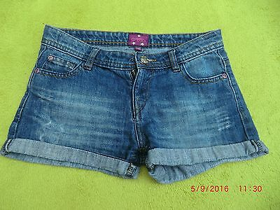 GLITZY CHICK Girls Blue Denim Jeans Shorts AGE 11-12 YEARS V. GOOD CONDITION