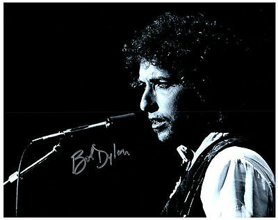 BOB DYLAN Authentic Signed Autographed 8X10 Photo w/ COA - 3