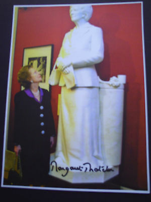 Margaret Thatcher Genuine Signed 8X6 Photograph