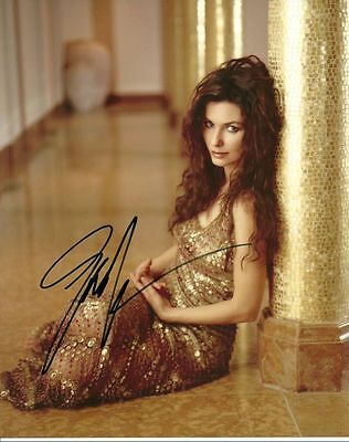 SHANIA TWAIN   is a  8 BY 10 INCH AUTOGRAPHED PICTURE WITH A COA