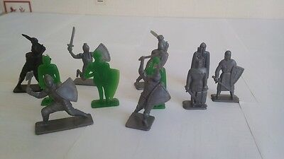 Vintage Soviet USSR Russian Plastic 11 Toy Soldiers Knights Crusaders VERY RARE
