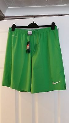 BNWT Mens Nike Woven shorts Laser II - Large