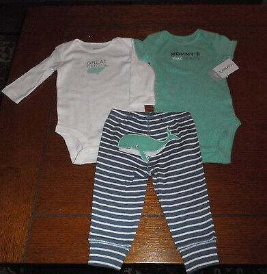 New With Tag  Carter's baby Boy 3 Piece Set  Of  2 Tops & Pants Size  3 Months