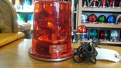 Do-Ray Model 3250 Magnetic Mount Fire Trk Light 12 Volt With NOS Dome Beautiful