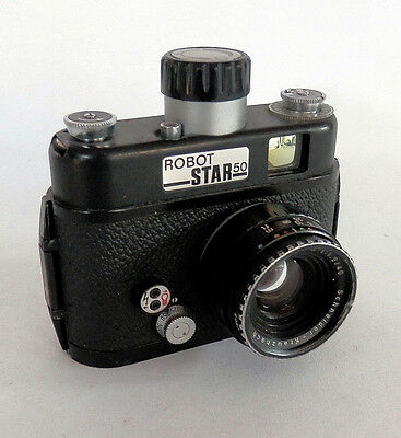 Robot Star 50 with 40mm F1.9 Xenon Lens  :: FREE UK POST ::