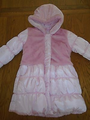 BNWT girls pink padded winter coat.Furry detail. Fleece lined. 4-5 yrs. Matalan