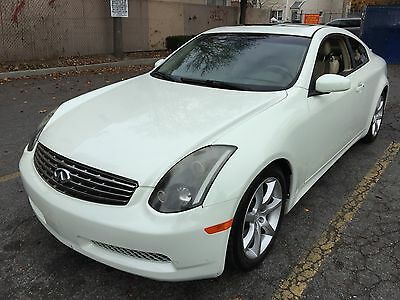 2005 Infiniti G Base Coupe 2-Door New Trade auto ac leather sunroof navi looks and runs great warrantee