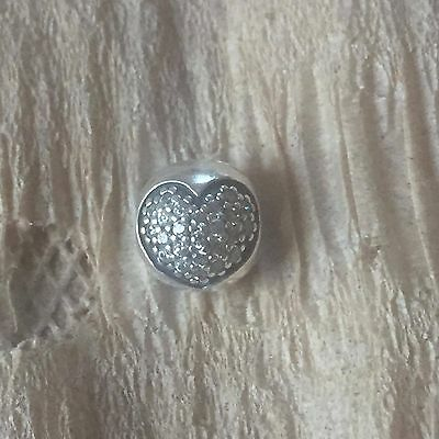Authentic PANDORA STERLING SILVER RHINESTONE HEART SPACER. WOW!! EXCELLENT!!