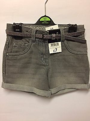 Girl's Grey Denim - Shorts - Size 4-5 Yrs New Was £7 Now £2.99