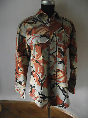 """Sultanate of Oman, Omani camouflage shirt 40"""" chest"""