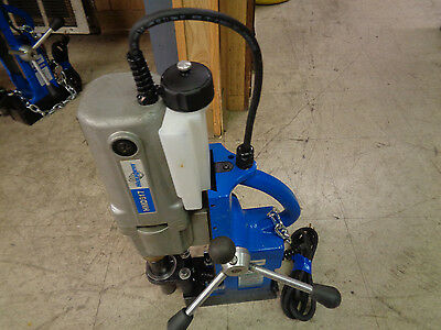 Hougen HMD917 Magnetic Drill with Safety Chain