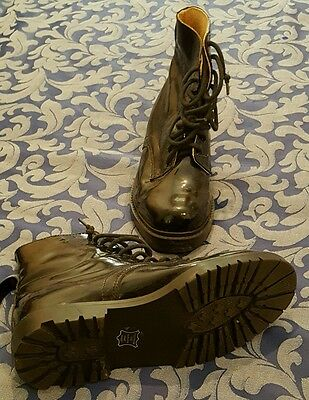 Australian Army Black Leather High Shine boots size 8/39