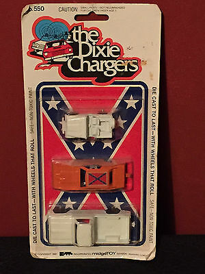 RARE Dukes of Hazzard Dixie chargers Car set 1981 unopened