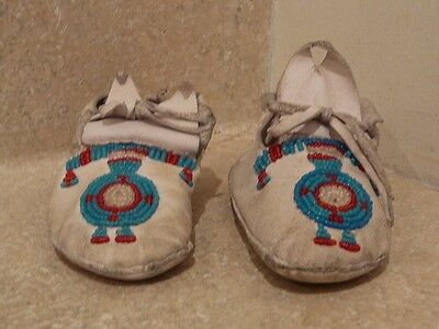 Native American Indian Leather Beaded Baby Moccasin White Buckskin Blue Red Bead