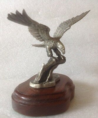 """Vintage Pewter American Eagle Bird On Wooden Base ~ 4"""" Tall"""