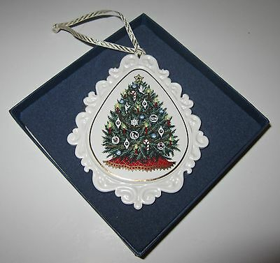 Vtg Wedgewood Christmas Tree Ornament White Porcelain 1998  NEW in Box