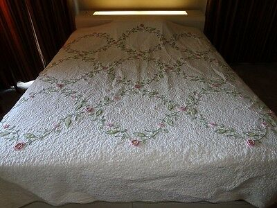 Antique Handmade PA Dutch Amish Quilt White with Flowers & Vines