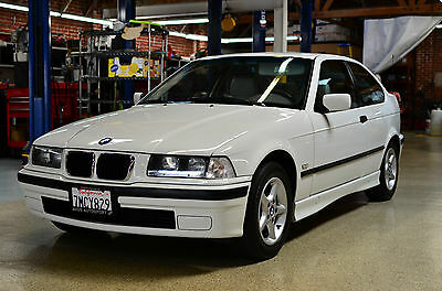 1998 BMW 3-Series Base Hatchback 2-Door 1998 E36 BMW 318ti Base Hatchback Compact 2-Door 1.9L Extremely Clean Manual