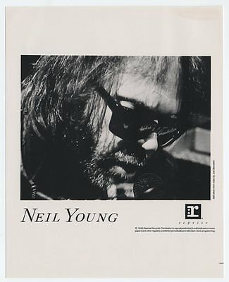 Neil Young - Unplugged US PRESS KIT Photo and Liner Notes