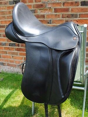 "Dressage Saddle Black 17.5"" Deep Seat."