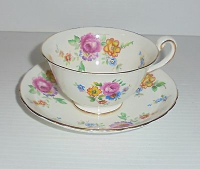 New Chelsea Staffs Bone China Tea Cup & Saucer Set China England Floral Pattern