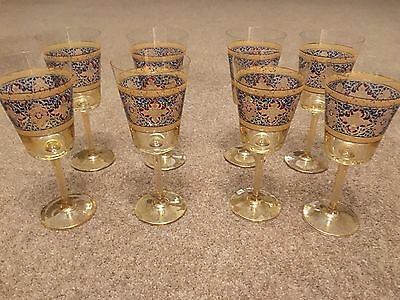 8 Pretty Flower Wine Glasses (gold glass) - displayed only