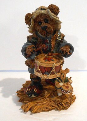 Boyds Bears / Nativity Series #4 / Matthew as The Drummer / Boxed / 1998