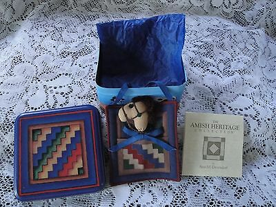 """Amish Heritage Collection 1994 """"Streak of Lightning"""" Quilt in Tin.  #30046"""
