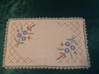 Vintage Beautiful Hand Embroidered  Floral Large Doiley Cream Crocheted Edge