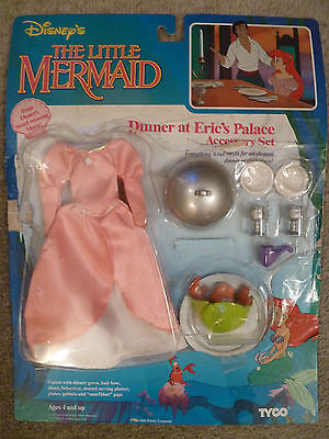 Tyco Disney Little Mermaid Ariel's Dinner at Eric's Palace Accessory Set