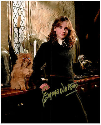 EMMA WATSON Authentic Signed Autographed 8X10 Photo w/ COA - 2