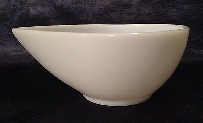 Vintage-Anchor-Hocking Fire-King 1950s; Sm Swedish-Style Opal-White Mixing-Bowl