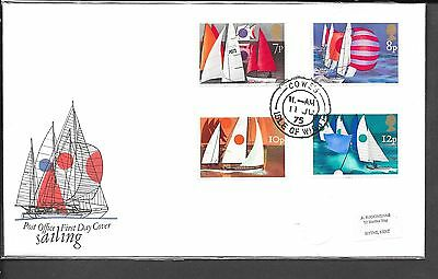 1975 Sailing Fdc Po Cover Cowes Cds Label Address Cat £110