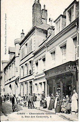 02-CPA-LAON-Charcuterie Caussin-belle Animation-Rare
