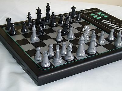 Tiger chess Marathon electronic chess computer. Excellent cond. with batteries