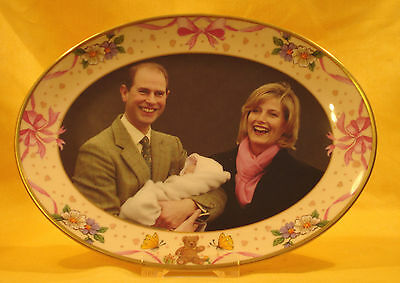 ES06 2003 P/Edward/ Sophie   Oval Plate for Birth of Louise BY Caverswall