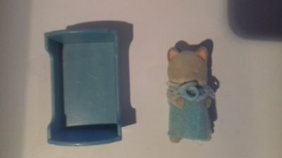 Sylvanian Families Cot and Kitten.